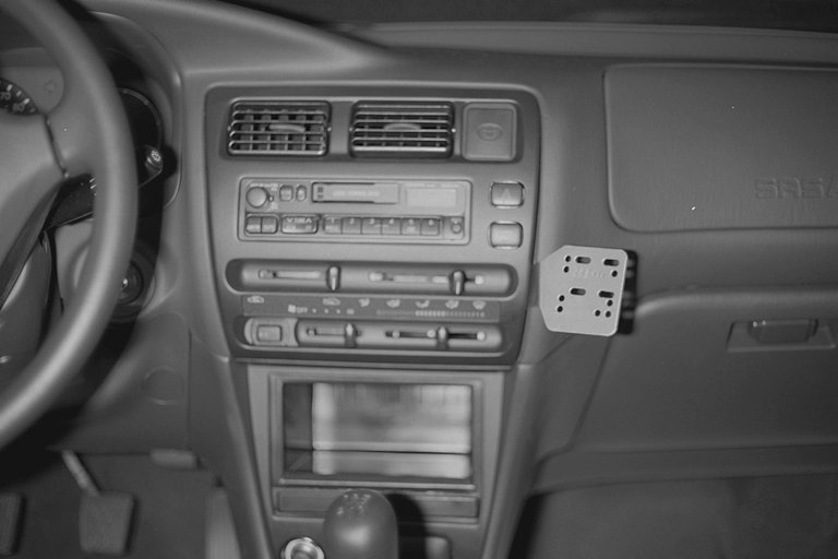 .IPOD/Cellphone BRACKET/MOUNT Select Toyota.